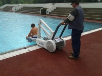 Neuer Poollift