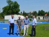 von l.n.r. STR Josef Fischer, Bgm. Franz Wohlmuth, STADir. Leopold Ott, Ing. Manfred Korntheuer